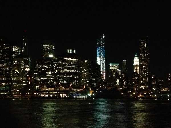 Manhattan skyline at night from Brooklyn Bridge Park